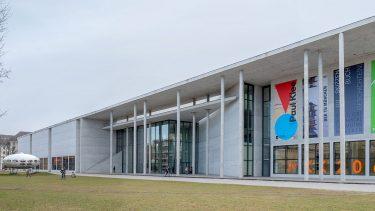neues museum öffnungszeiten